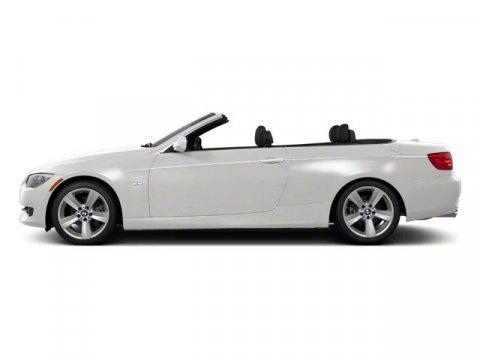 2013 BMW 3 Series 328i Mineral White MetallicBRN V6 30L  27427 miles  Keyless Start  Rear Wh