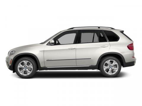 2013 BMW X5 Alpine White V6 30L Automatic 52191 miles  Turbocharged  Keyless Start  All Whe