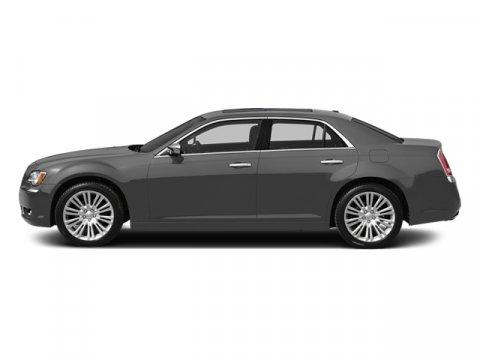 2013 Chrysler 300 Granite Crystal Metallic V6 36L Automatic 33167 miles Driver Convenience Gro
