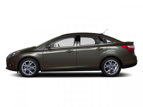 2013 Ford Focus SE Sterling Grey MetallicChar Blk V4 20L Automatic 0 miles Driving the all-new