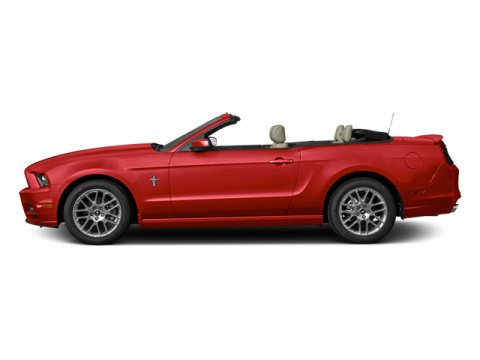 2013 FORD MUSTANG V6 CONVETIBLE
