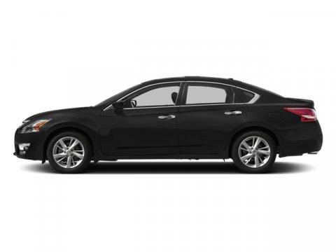 2013 Nissan Altima 25 SV Super Black V4 25L Variable 31783 miles TWO NEW TIRES INSTALLED Key