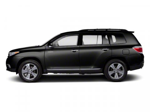 2013 Toyota Highlander BlackGray V4 27L Automatic 5 miles Toyotas 2013 Highlander crossover S