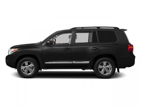 2013 Toyota Land Cruiser BlackBlack V8 57L Automatic 5 miles After 60 years the Toyota Land C