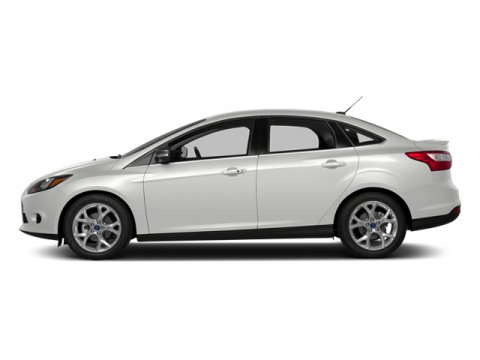 2014 Ford Focus S Oxford WhiteCharcoal Black V4 20 L Automatic 2867 miles Driving the 2014 For