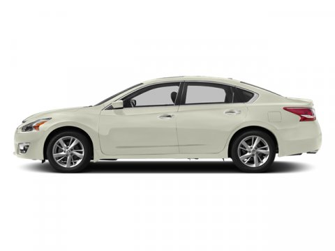 2014 Nissan Altima 25 SV Pearl White V4 25 L Variable 16505 miles  Front Wheel Drive  Power