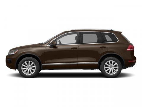 2014 Volkswagen Touareg Sport wNav Toffee Brown MetallicCornsilk Beige V6 30 L Automatic 13 mi