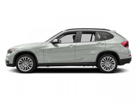 2015 BMW X1 sDrive28i Alpine WhiteBlack V4 20 L Automatic 4672 miles  ALPINE WHITE  BLACK SE