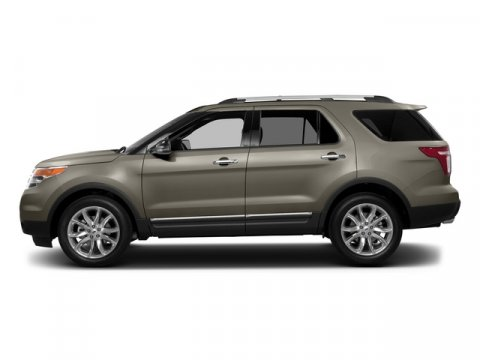 2015 Ford Explorer XLT Magnetic MetallicCharcoal Black V6 35 L Automatic 3 miles NAVIGATION B