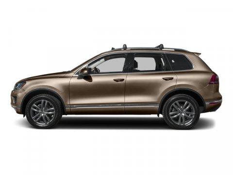 2015 Volkswagen Touareg Sport wTechnology Sand Gold MetallicBlack Anthracite V6 30 L Automatic