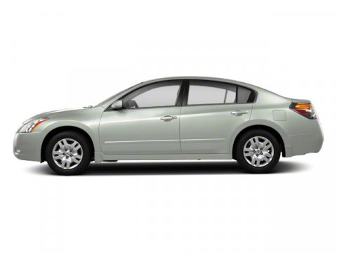 2012 Nissan Altima 25 S Winter Frost Pearl V4 25L Variable 49236 miles TWO NEW TIRES INSTALL