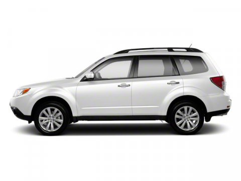 2012 Subaru Forester 25X Premium Satin White Pearl V4 25L Automatic 115650 miles  ALL WEATHE
