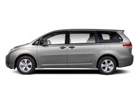 2012 Toyota Sienna XLE Silver Sky Metallic V6 35L Automatic 53583 miles RARE XLE Toyota Sienn
