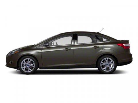 2013 Ford Focus SE Sterling Grey MetallicCharcoal Black V4 20L Automatic 94246 miles  200A EQ