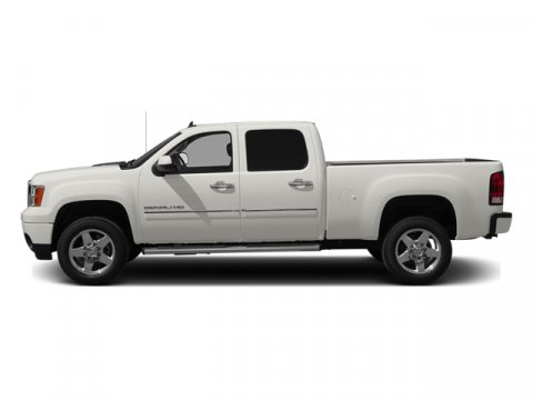 2013 GMC Sierra 2500HD Denali Summit White V8 66L Automatic 41892 miles  LockingLimited Slip
