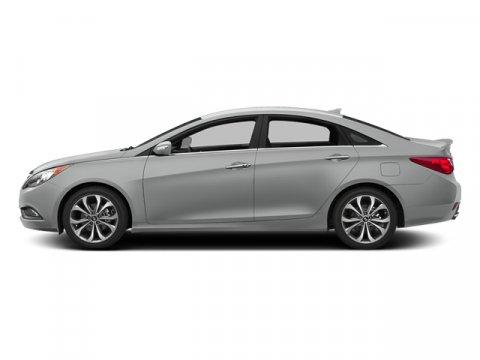 2014 Hyundai Sonata SE Radiant Silver MetallicGray V4 24 L Automatic 22248 miles Only 22 247