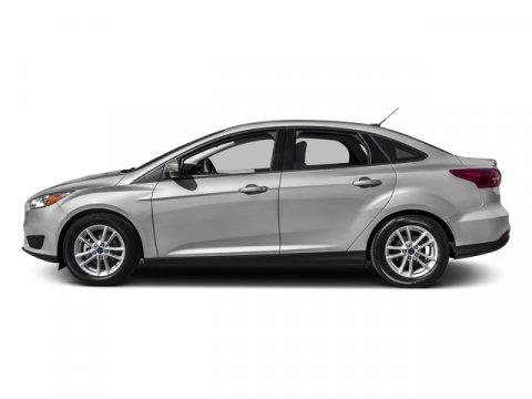 2015 Ford Focus SE Ingot Silver V4 20 L Automatic 38135 miles  ENGINE-20L GDI I-4  Front Wh
