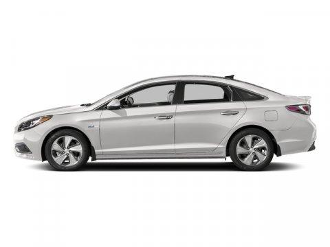 2017 Hyundai Sonata Hybrid Limited Diamond White PearlGray V4 20 L Automatic 15 miles  02  C