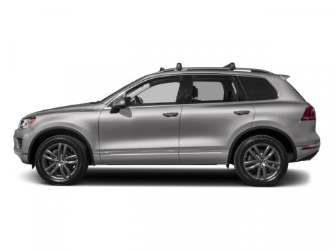2017 Volkswagen Touareg Executive Reflex Silver MetallicJJ V6 36 L Automatic 10 miles The 201