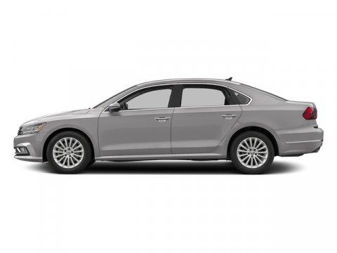 2016 Volkswagen Passat 18T SE wTechnology Reflex Silver MetallicTitan Black V4 18 L Automatic