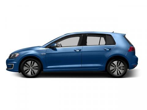2016 Volkswagen e-Golf SE Pacific Blue V 00 Automatic 26 miles This Volkswagen e-Golf deliver