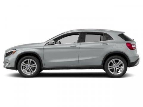 2019 Mercedes GLA GLA 250 Iridium Silver MetallicCrystal Grey V4 20 L Autom