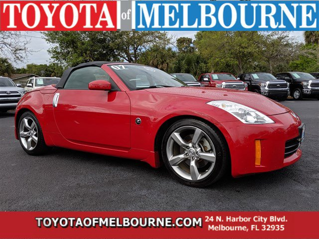 2007 Nissan 350Z 2dr Roadster Manual Touring RED