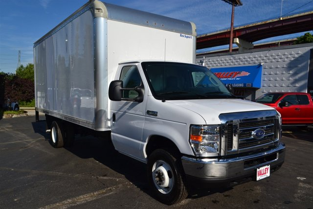 2016 Ford Econoline Commercial Cutaway E-450 Super Duty 176 DRW
