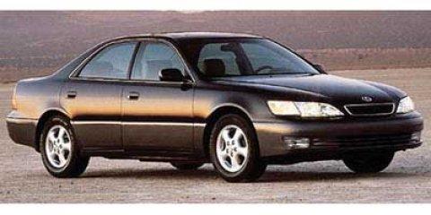 1997 Lexus ES 300 Luxury Sport Sdn 4dr Sdn WHITE