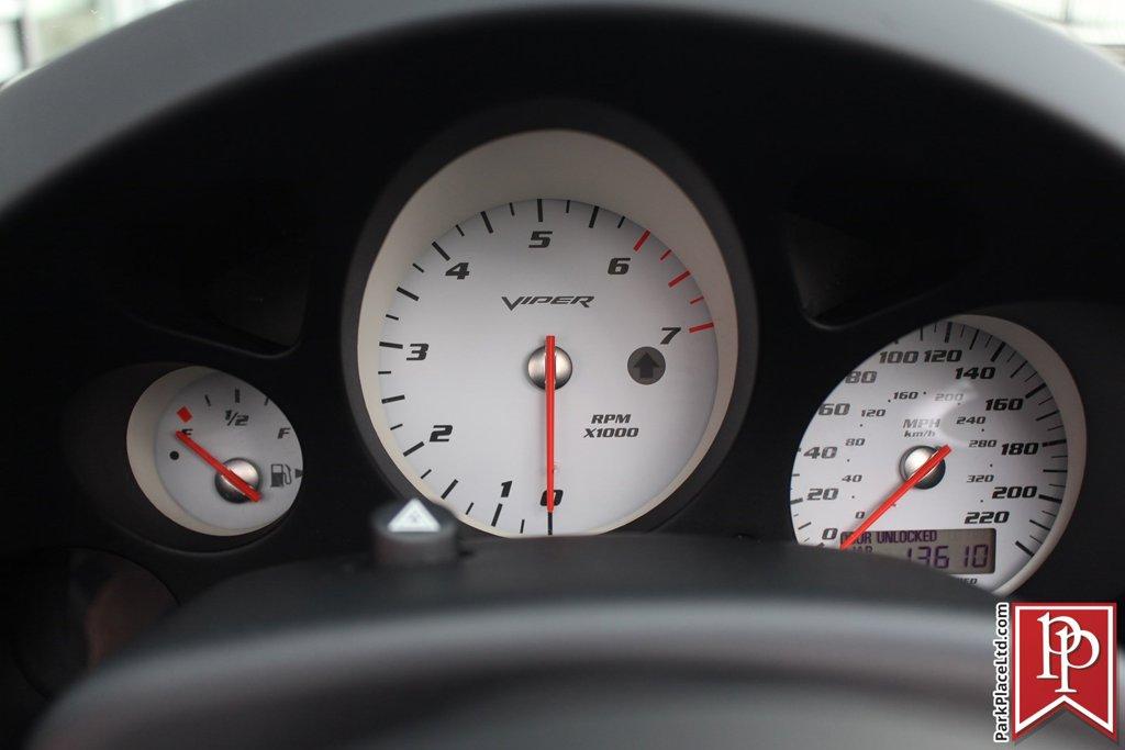 2005 Dodge Viper SRT10