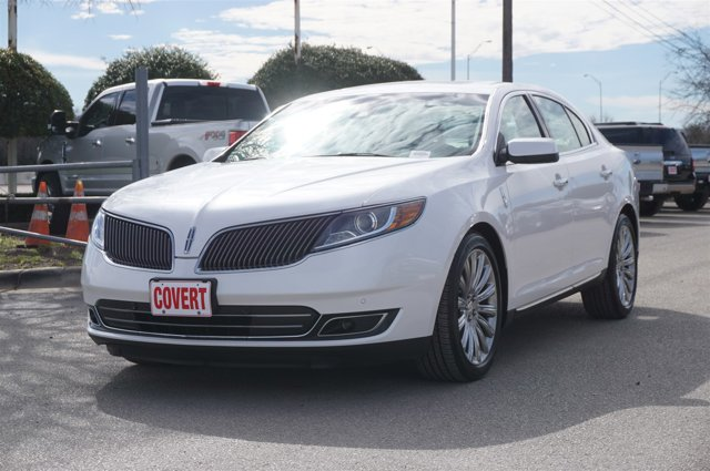 View Lincoln MKS details
