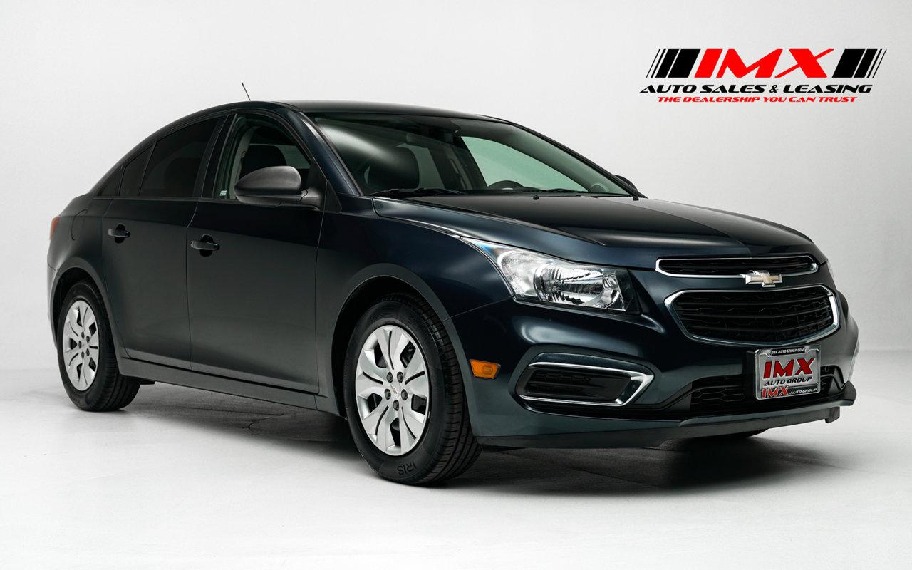 2015 Chevrolet Cruze LS 4dr Sdn Auto LS Gas I4 1.8L/110 [1]