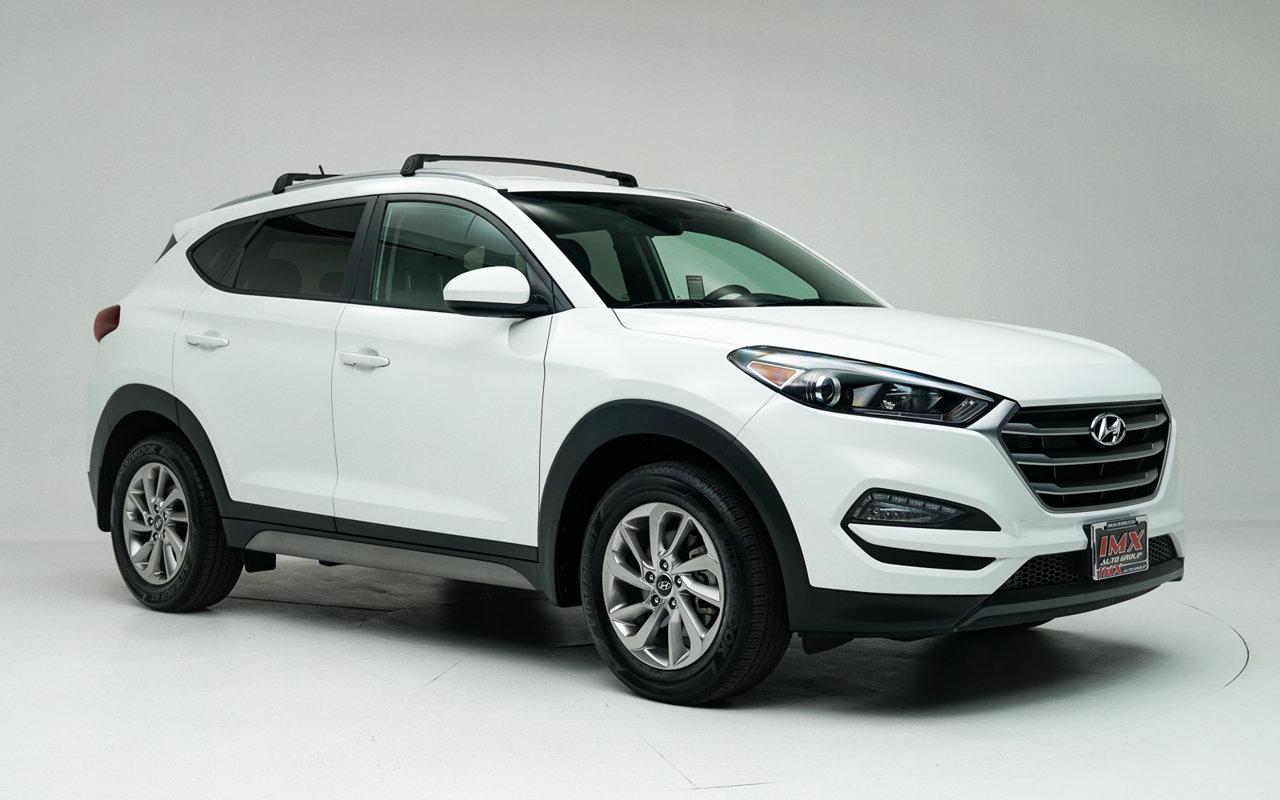 2017 Hyundai Tucson SE SE FWD Regular Unleaded I-4 2.0 L/122 [10]