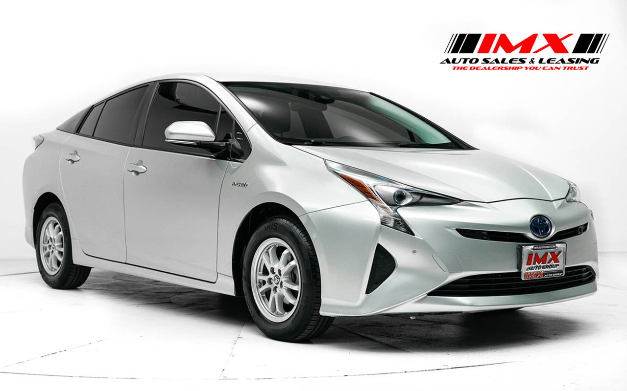2017 Toyota Prius Two Two Gas/Electric I-4 1.8 L/110 [7]