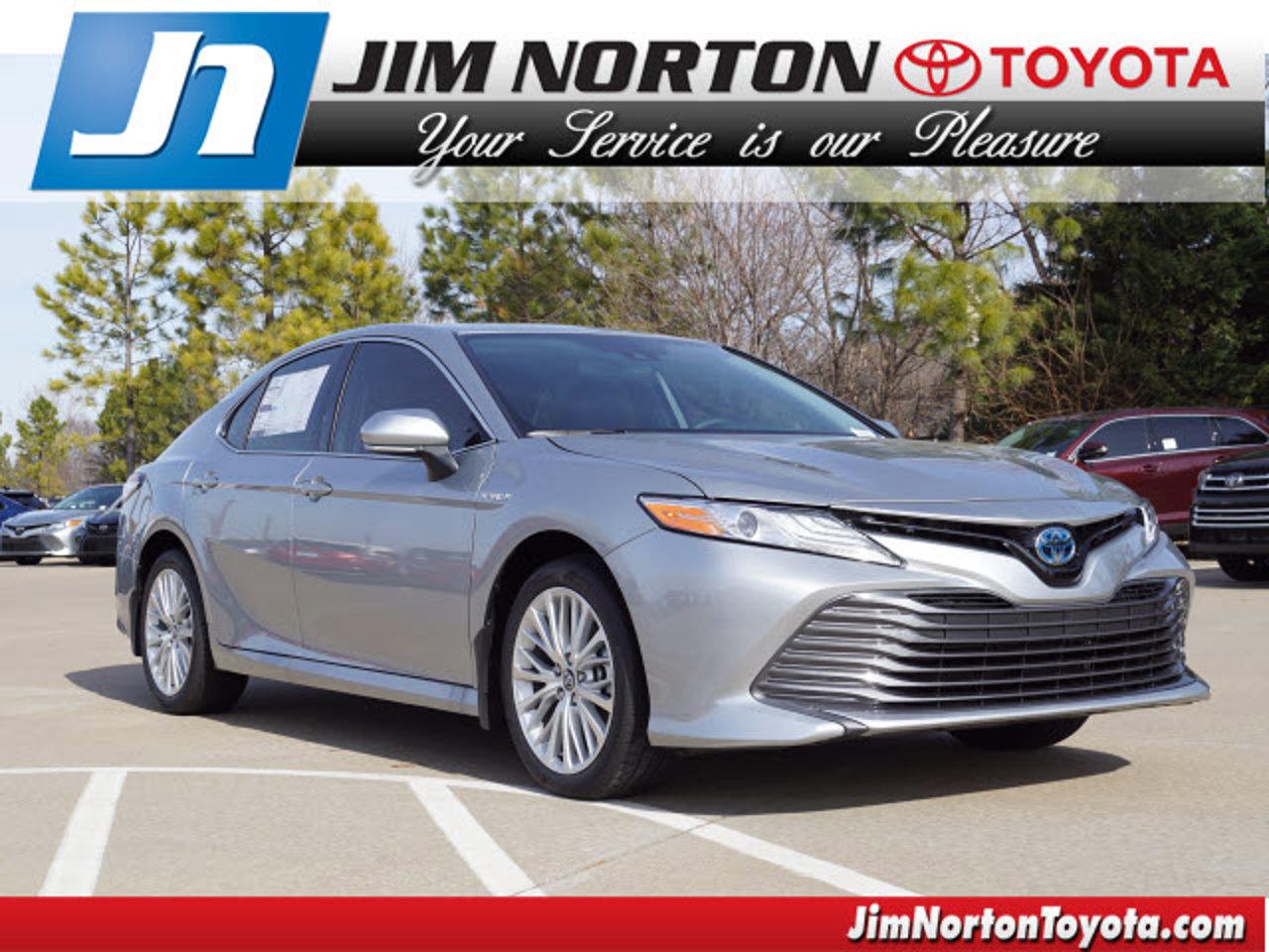 2020 Toyota Camry Hybrid Hybrid XLE CVT