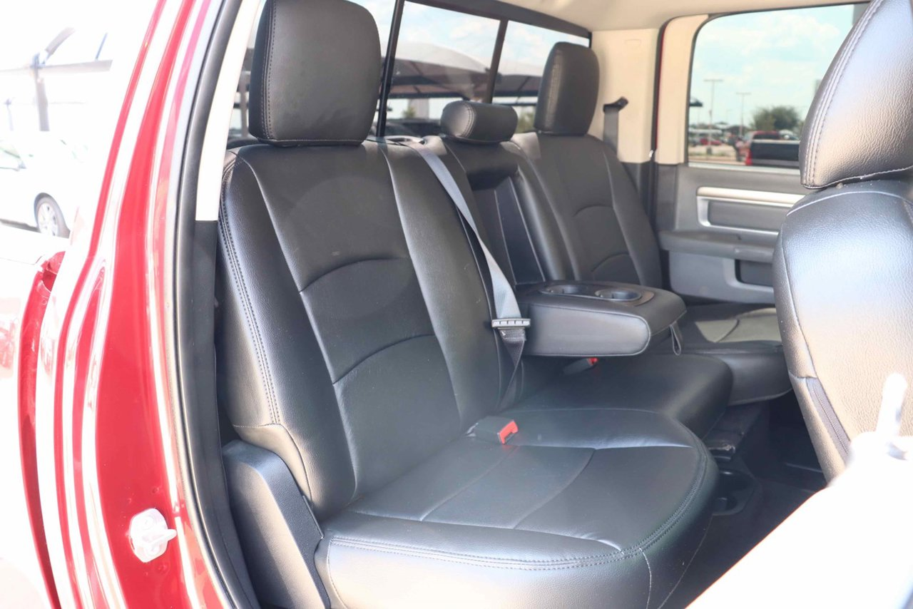 Brilliant 2015 Ram 2500 4Wd Crew Cab 149 Laramie 3C6Ur5Fl7Fg682358 Gmtry Best Dining Table And Chair Ideas Images Gmtryco