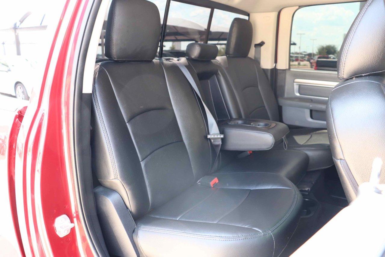 Stupendous 2015 Ram 2500 4Wd Crew Cab 149 Laramie 3C6Ur5Fl7Fg682358 Machost Co Dining Chair Design Ideas Machostcouk