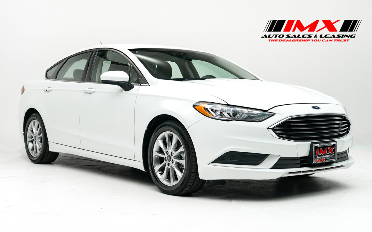 2017 Ford Fusion SE SE FWD Regular Unleaded I-4 2.5 L/152 [3]