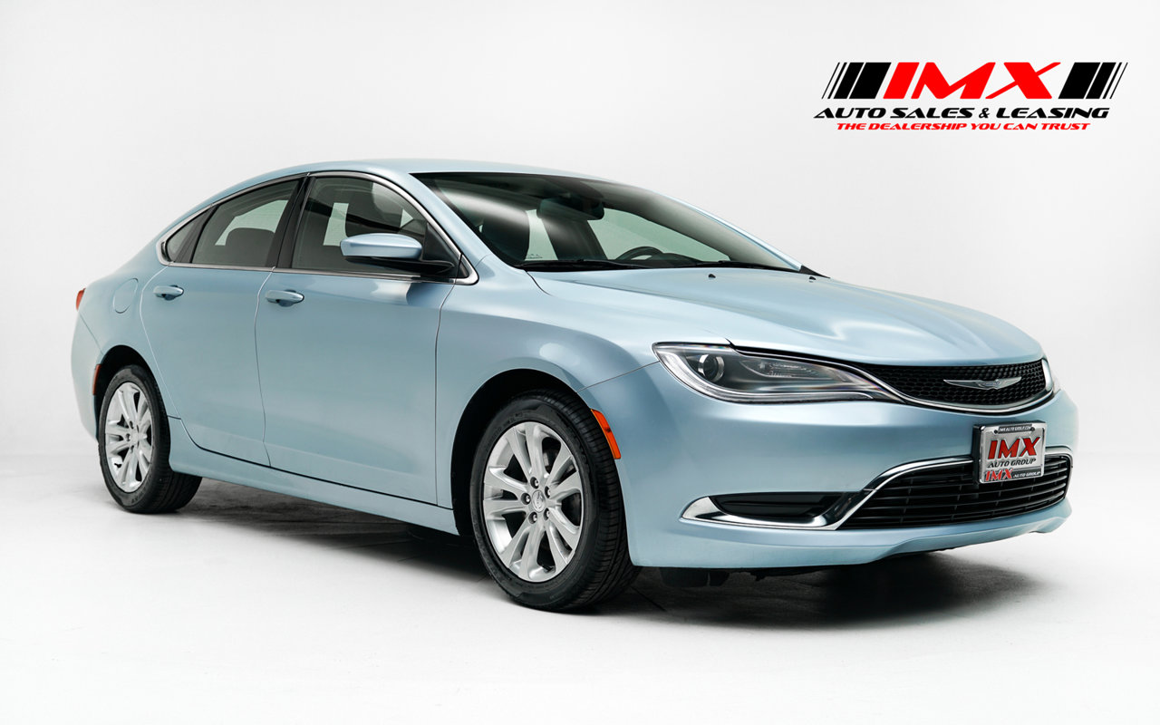 2015 Chrysler 200 Limited 4dr Sdn Limited FWD Regular Unleaded I-4 2.4 L/144 [8]
