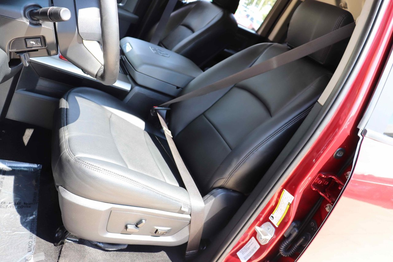 Outstanding 2015 Ram 2500 4Wd Crew Cab 149 Laramie 3C6Ur5Fl7Fg682358 Gmtry Best Dining Table And Chair Ideas Images Gmtryco