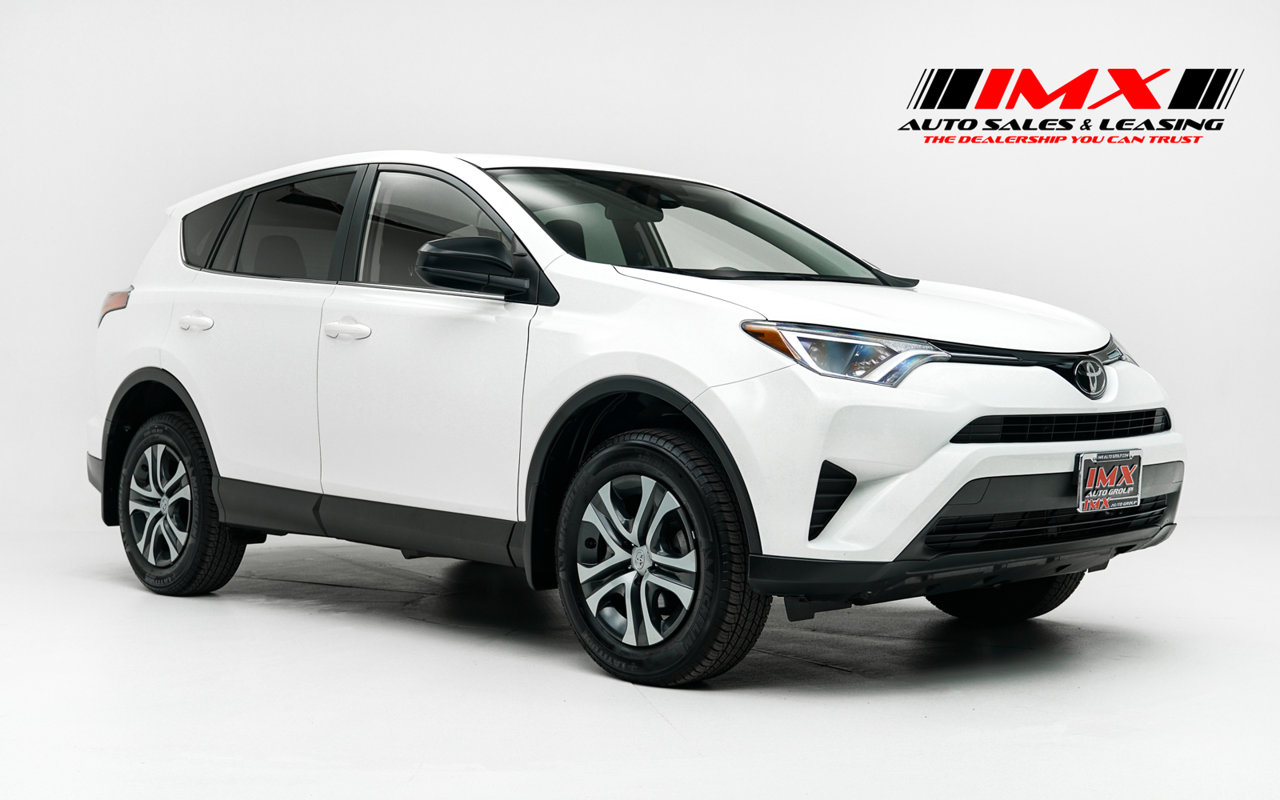 2018 Toyota RAV4 LE LE FWD Regular Unleaded I-4 2.5 L/152 [0]