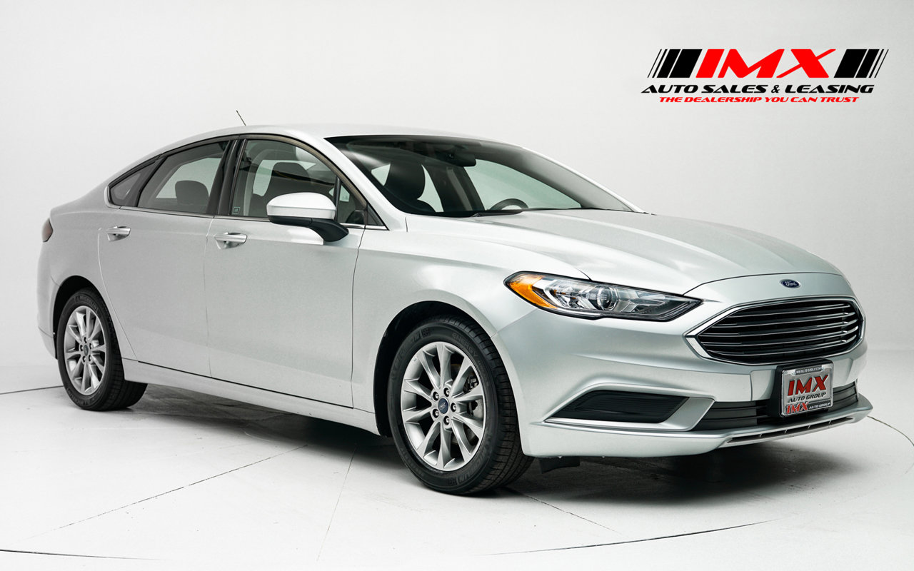 2017 Ford Fusion SE SE FWD Regular Unleaded I-4 2.5 L/152 [4]