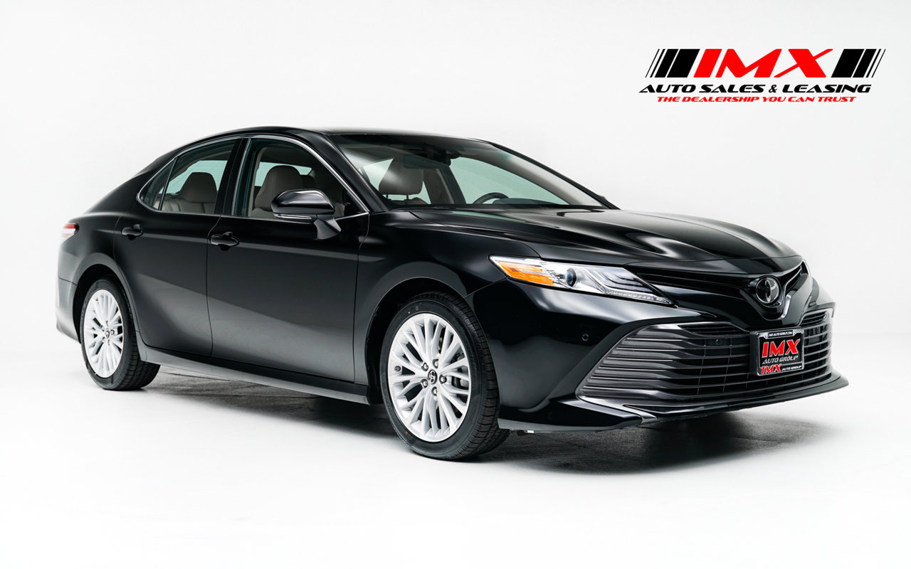 2018 Toyota Camry XLE XLE Auto Regular Unleaded I-4 2.5 L/152 [0]