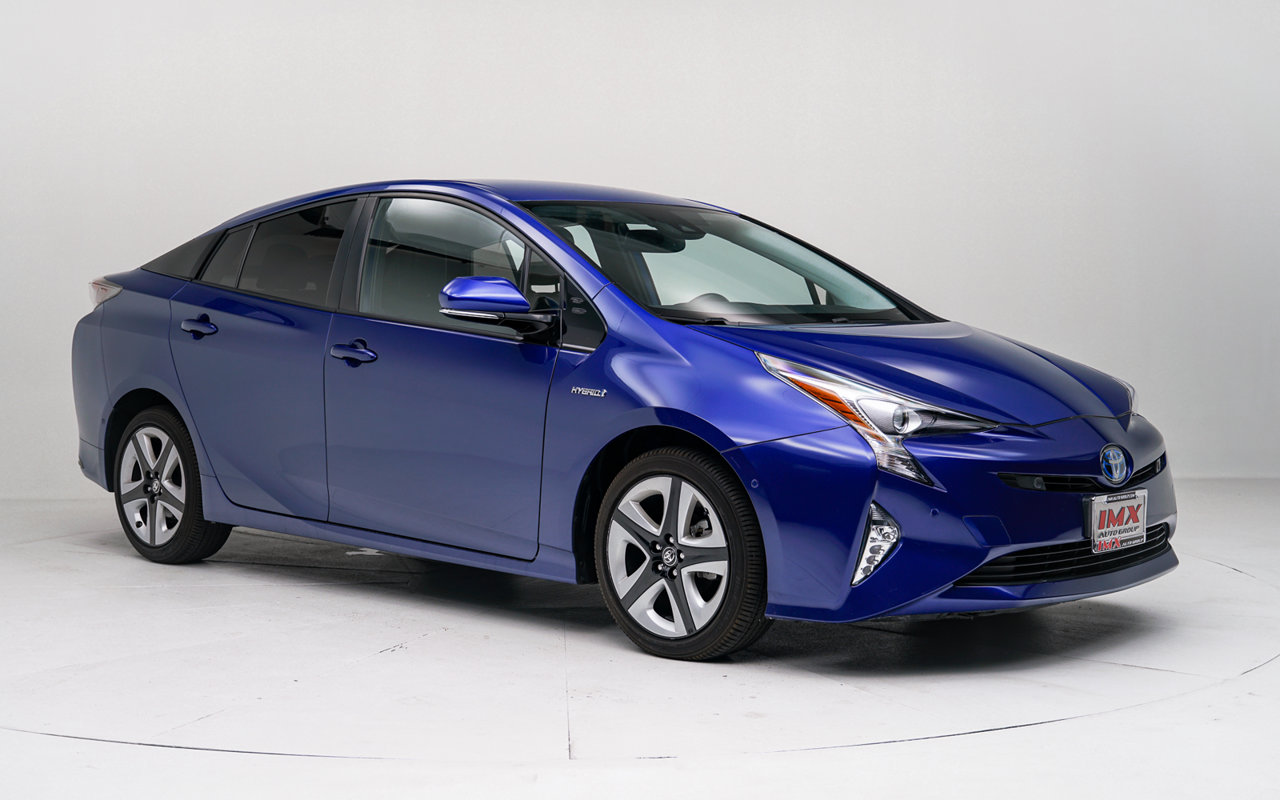 2016 Toyota Prius Four Touring 5dr HB Four Touring Gas/Electric I-4 1.8 L/110 [1]