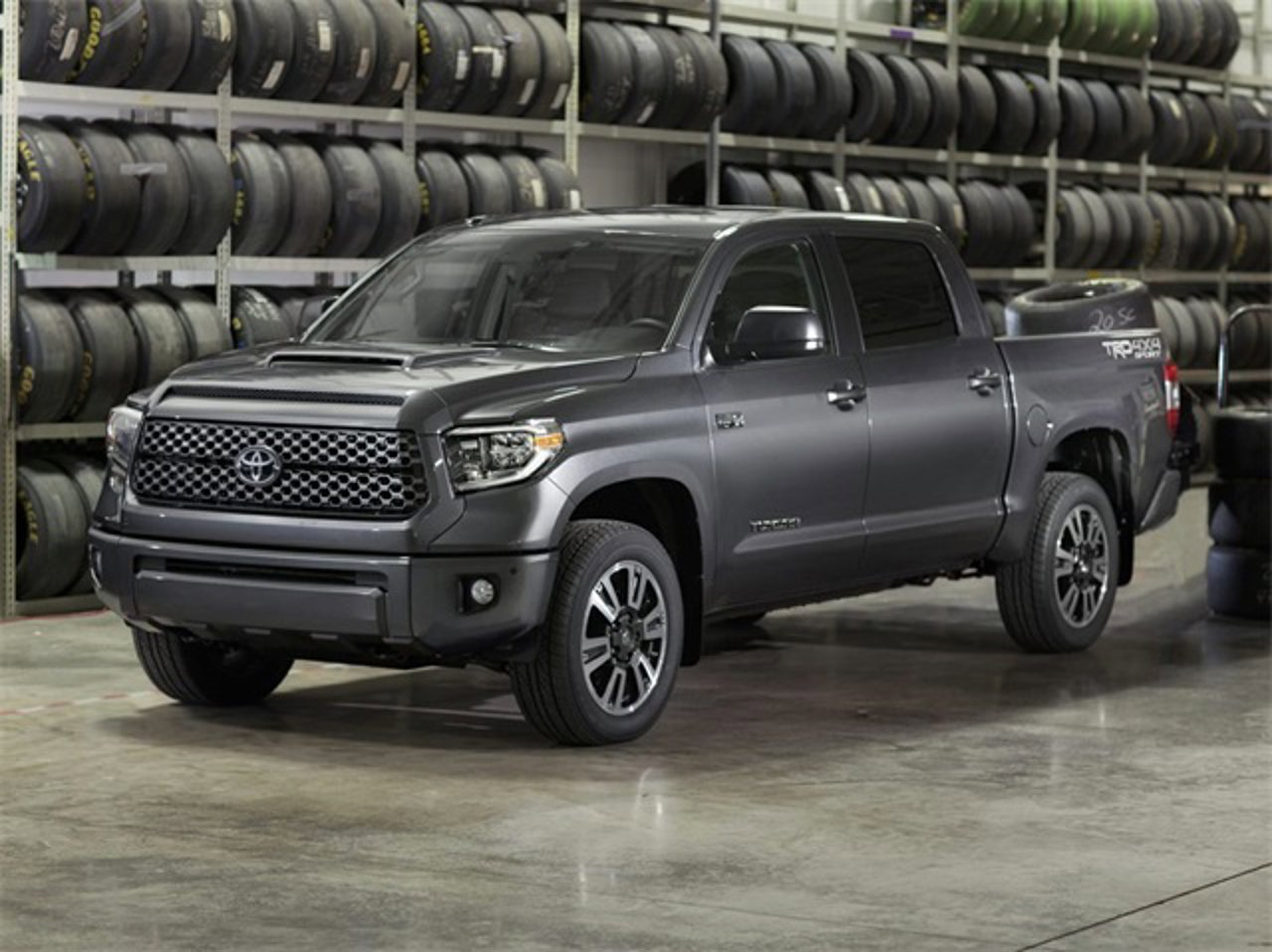 2020 Toyota Tundra SR5 2WD CrewMax Short Bed 5.5' Bed 5.7L