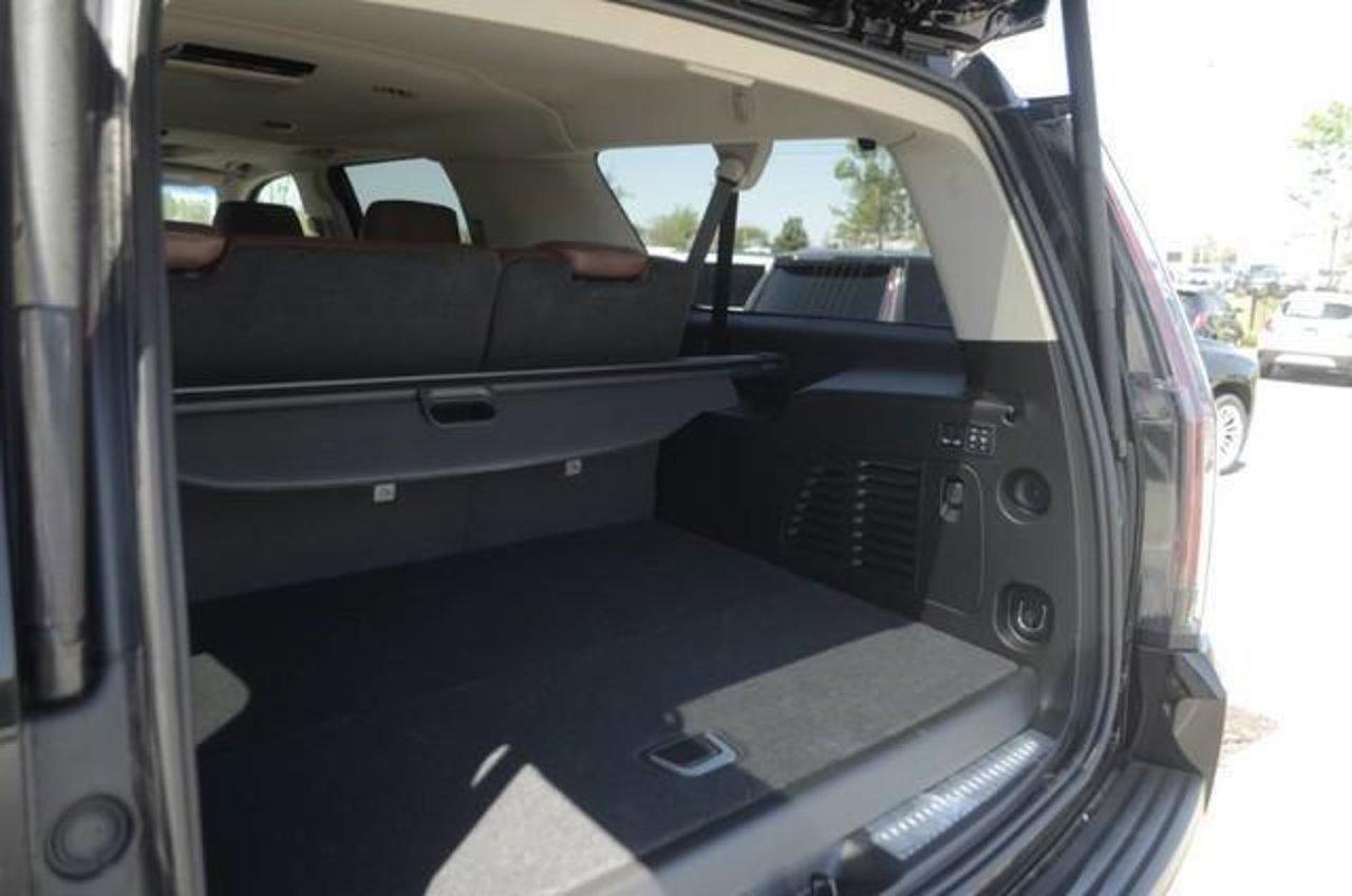 2019 Cadillac Escalade ESV Luxury 1GYS4HKJ6KR307893 | Jim Hudson