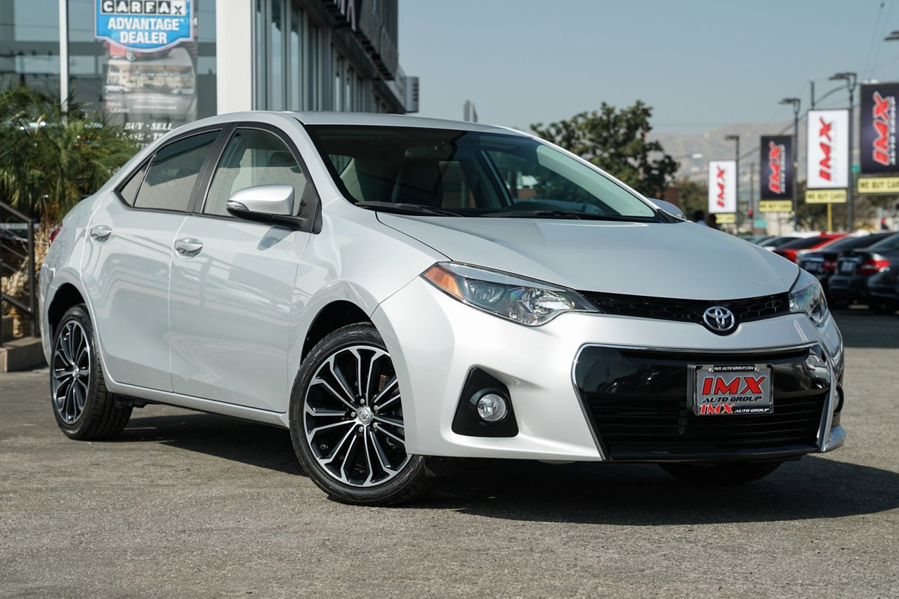 Used 2017 Toyota Corolla S Plus Fwd 4dr Car Mileage 32848 Mi Transmission Variablestock No 459789
