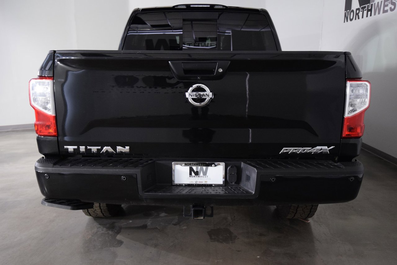 2018 Nissan Titan PRO-4X 4WD