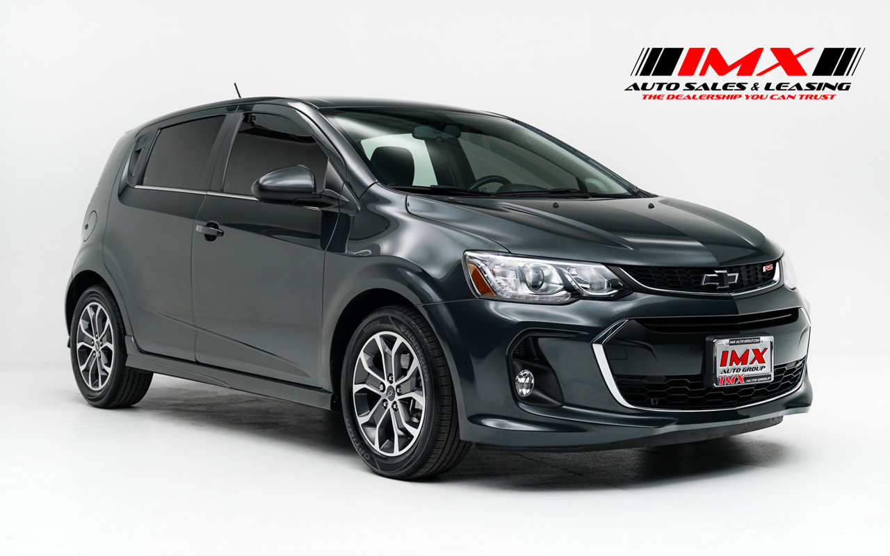 2018 Chevrolet Sonic LT 5dr HB Auto LT w/1SD Gas I4 1.8L/110 [0]