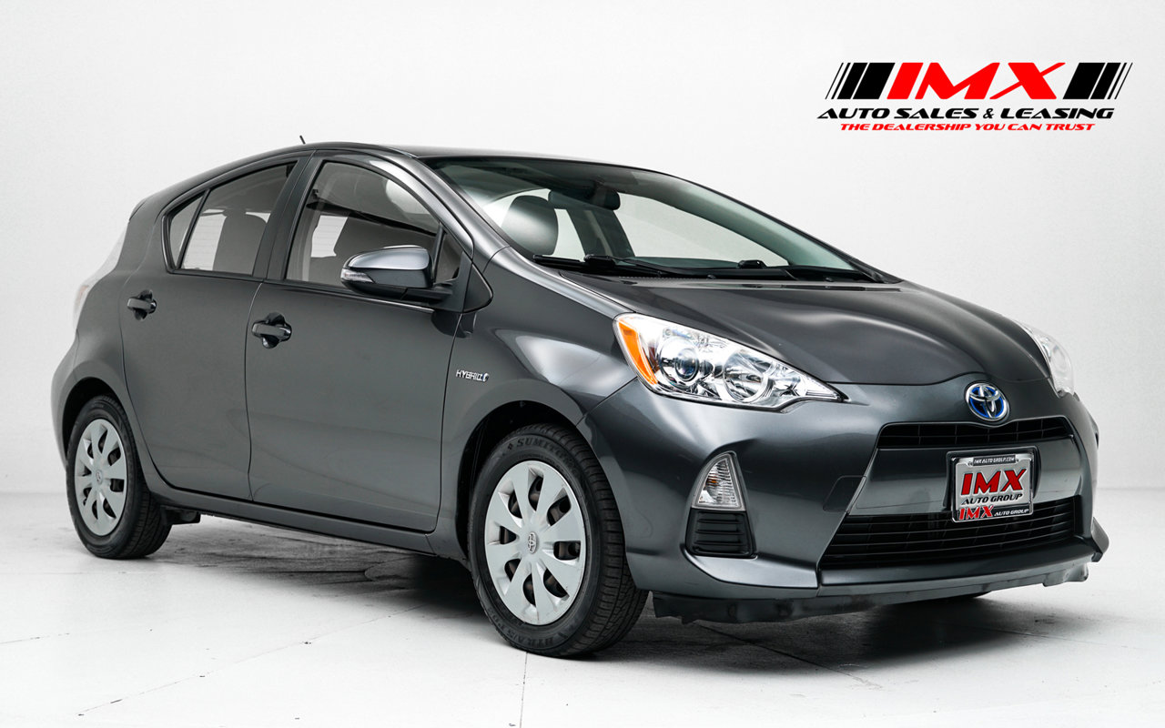 2012 Toyota Prius c Two 5dr HB Two Gas/Electric I4 1.5L/ [8]